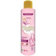Гель для стирки Woolite Premium. Delicate, для деликатных вещей, 900мл